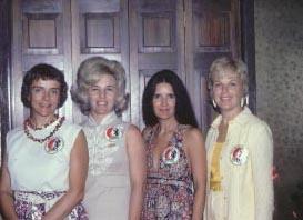 gemini astronauts wives - photo #9